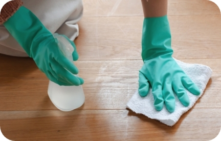 清掃も除菌も保育士さん